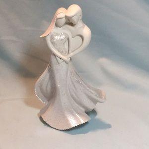 Wedding Figurine Cake Topper White Bride Groom